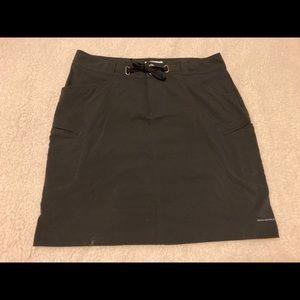 Columbia black Omni shield skirt